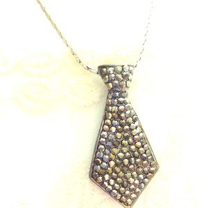 Marcasite pendant necklace tie